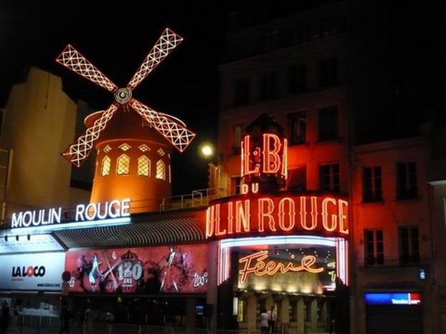 Ha Moulin Rouge nem is, de szexüzlet van a téeszmajorban